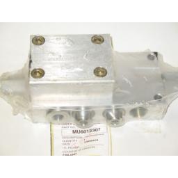 mu6012307-hl15-main-ram-load-holding-valve-781-p.jpg