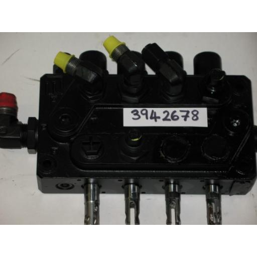 H394 2678 4 Function Valve Block For Outrigger legs