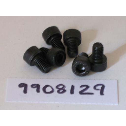 H9908129 Screws