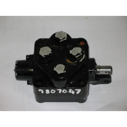 H9807047 Valve Block