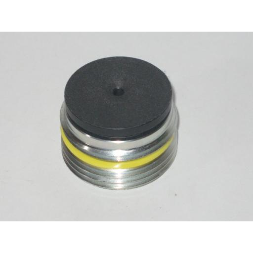 H349 9618 Round Coarse Threaded Holder Hiab 140 c/w pad