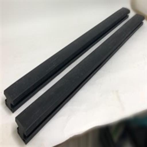 K371050125 - Brick Grab Rubber